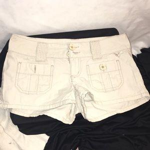 Grane, boutique khaki shorts, sz3